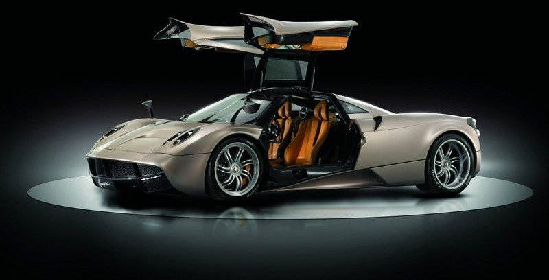 2011 pagani huayra 6 no car no fun muscle cars and power cars. Black Bedroom Furniture Sets. Home Design Ideas