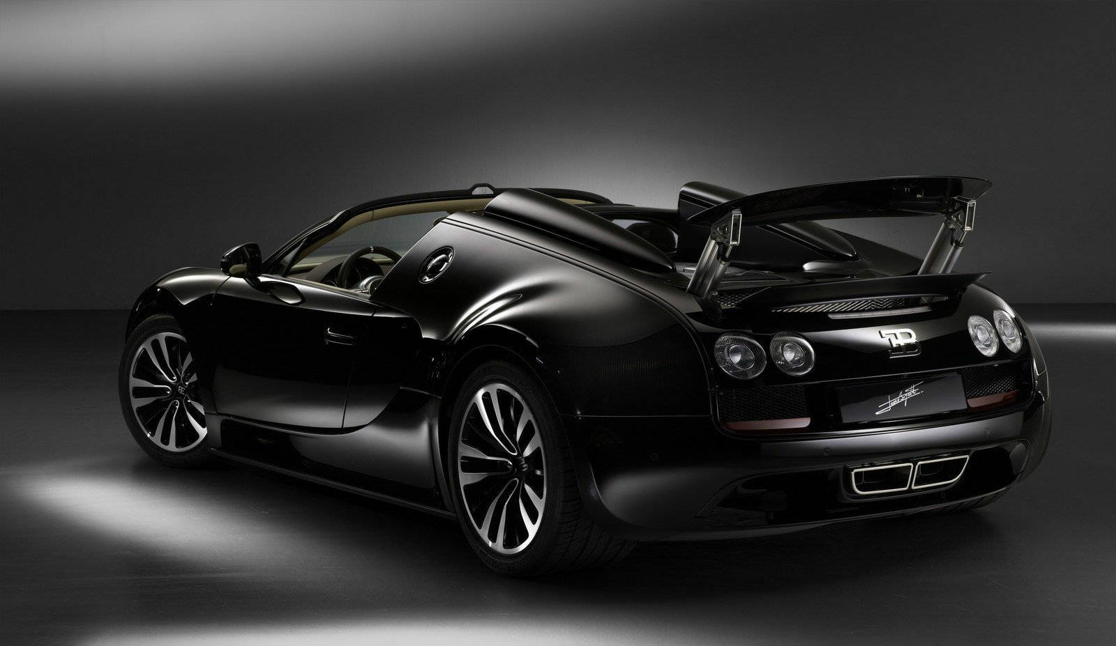 2013 bugatti veyron grand sport vitesse jean bugatti edition no car no fun muscle cars and. Black Bedroom Furniture Sets. Home Design Ideas