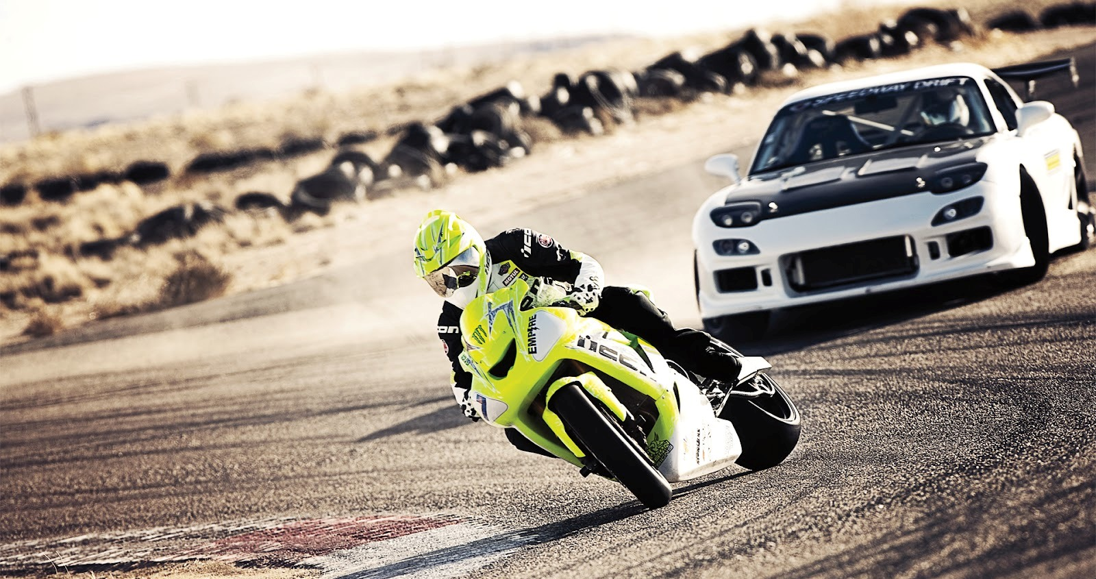 Icon Motorsports Drift Battle: 05 Kawasaki ZX10 vs ...