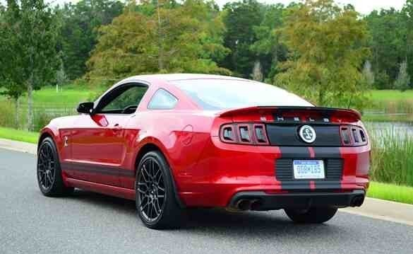 2013-Ford-Shelby-GT500-5