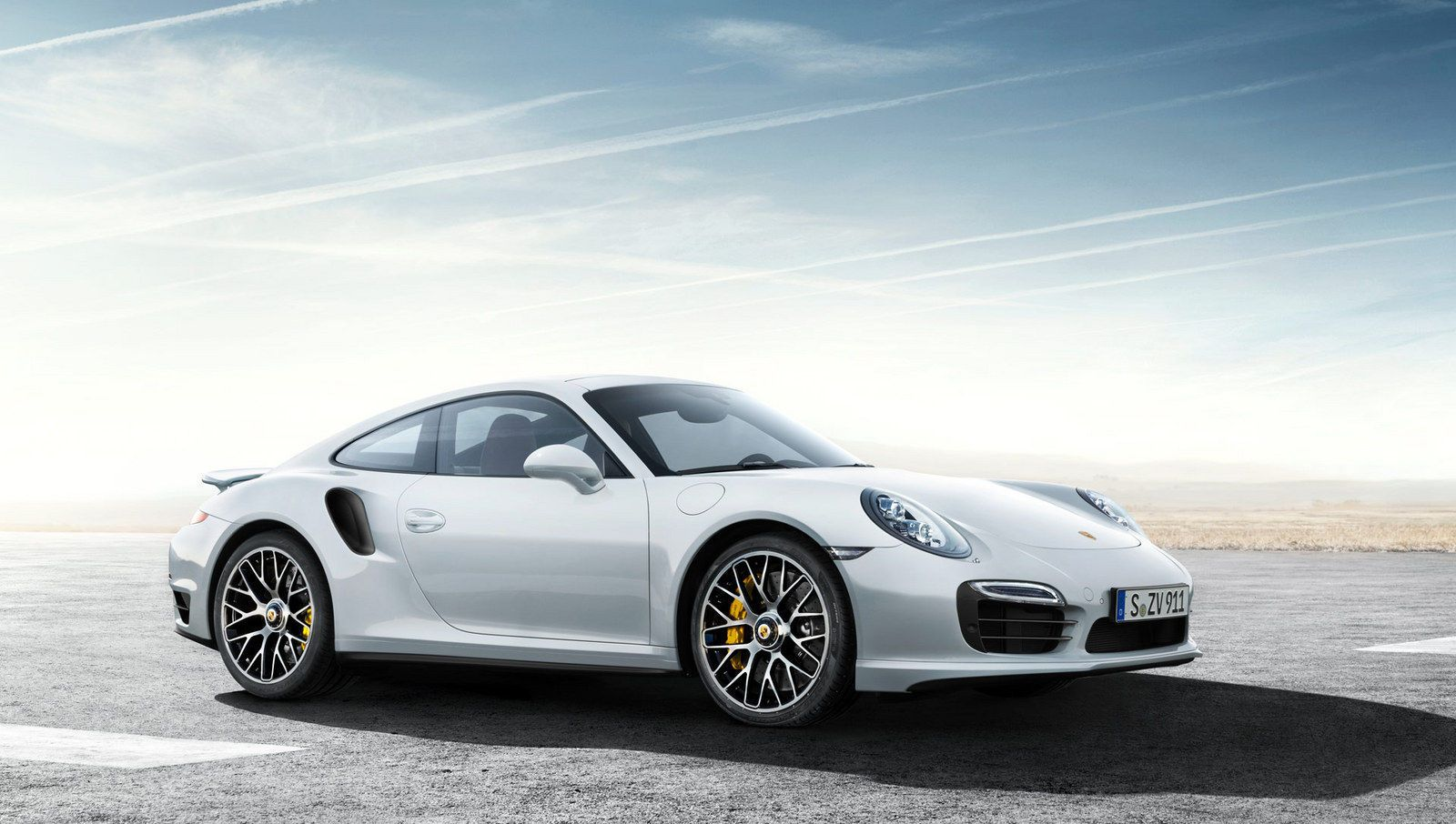 video 2014 porsche 911 turbo s above its claimed top speedno car no fun muscle cars and power. Black Bedroom Furniture Sets. Home Design Ideas