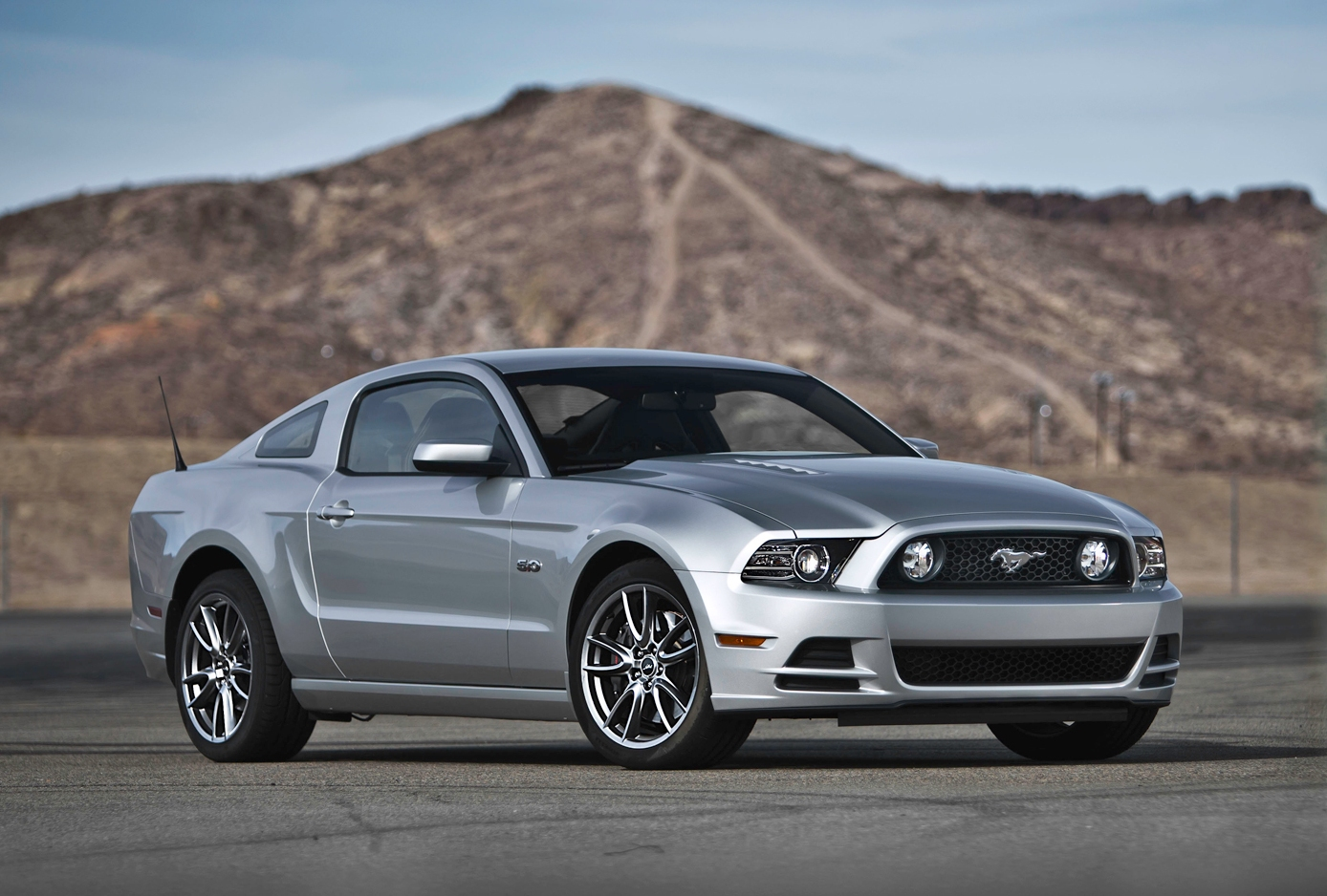 chevy camaro vs ford mustang reliability. Black Bedroom Furniture Sets. Home Design Ideas