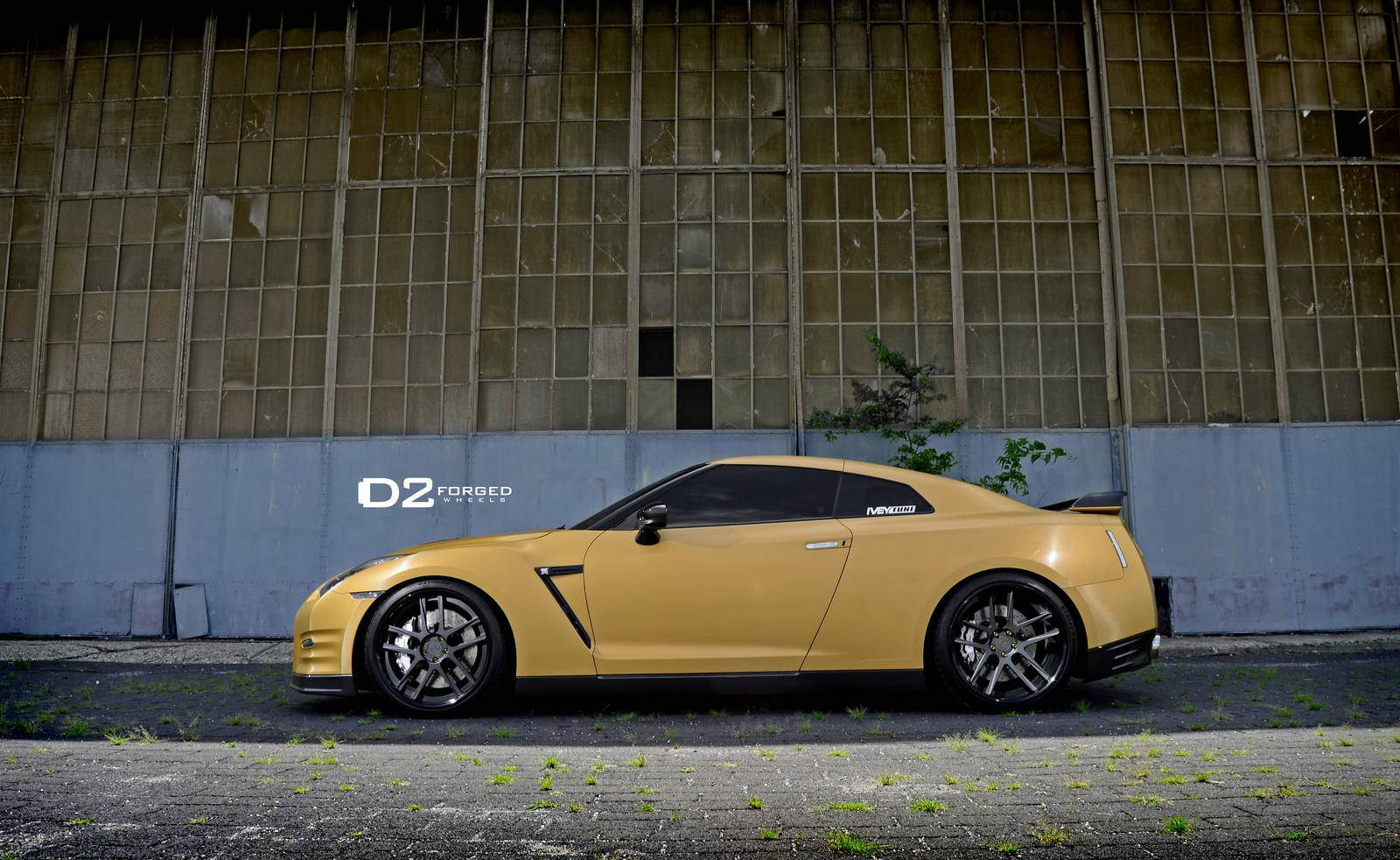 Japanese Car Brands >> Matte Gold Nissan-GTR-D2FORGED-CV8-Wheels-left side view - NO Car NO Fun! Muscle Cars and Power ...