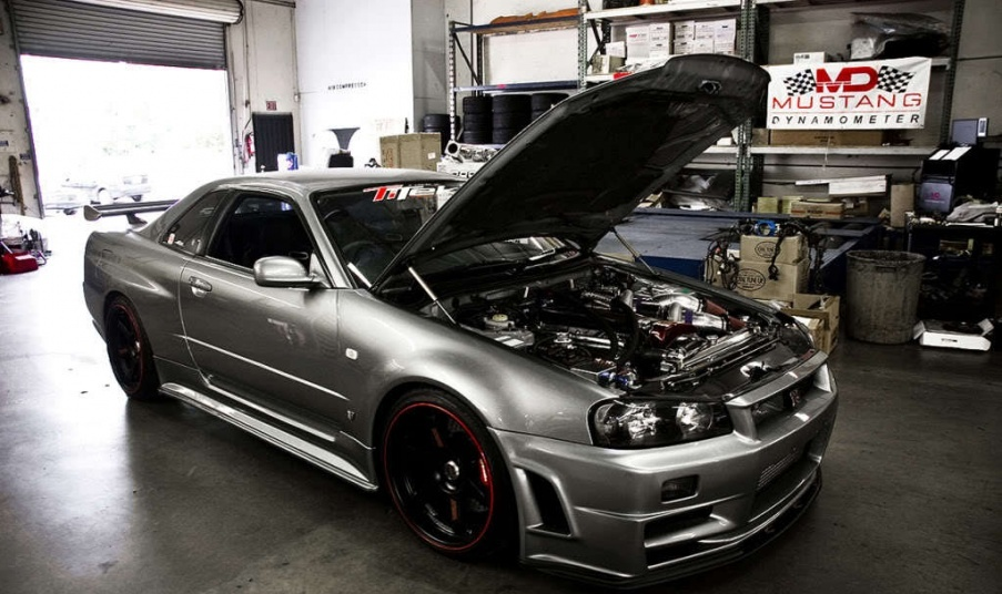 Is Cadillac A Foreign Car >> SP Engineering 1000 hp Nissan Skyline R34 open hood three quarters right side - NO Car NO Fun ...