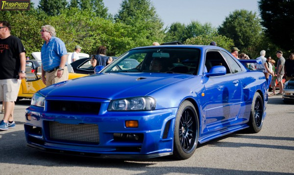 Nissan R34 GT-R PhotoGraphers Love You