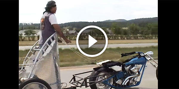 OMG, TOTALLY NUTS! Check Out This Crazy Dude Riding A Motorcycle Chariot!