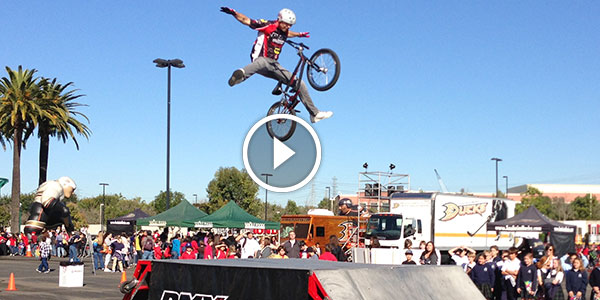 VOTE FOR YOUR FAVORITE BMX Stunt – PEOPLE ARE AWESOME and CRAZY and AMAZING!
