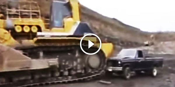 WHO WINS THIS ONE? Monstrous Komatsu D575A BULLDOZE vs A Pickup Truck! - NO Car NO Fun! Muscle ...