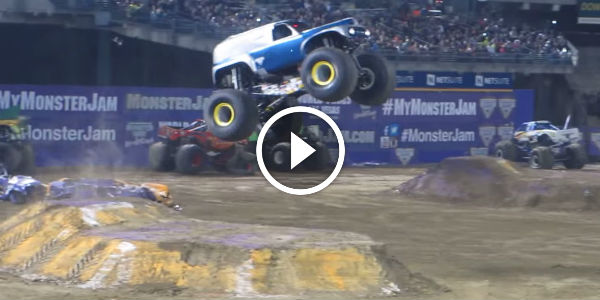 GRAVE DIGGER The Legend : EPIC JUMPS, MONSTROUS SOUNDS And ...