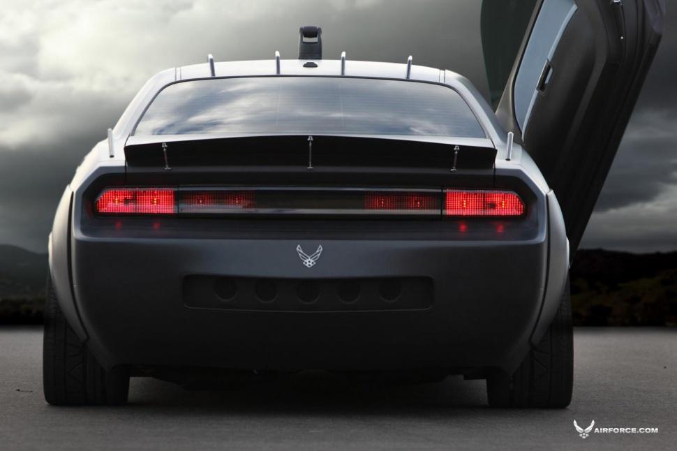 Dodge-Challenger-Vapor-US-Air-Force-rear view - NO Car NO Fun ...