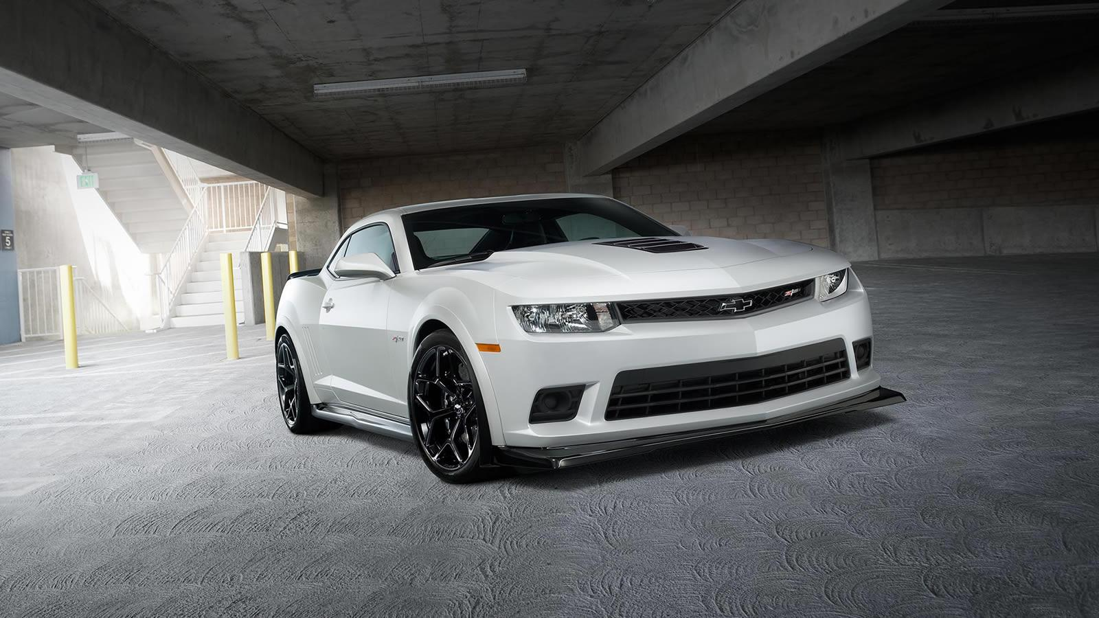 easy grab the 2015 chevrolet camaro z 28 price cut for 2 000 no car no fun muscle cars and. Black Bedroom Furniture Sets. Home Design Ideas