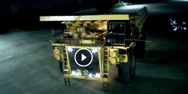 2015 Dodge Magnum >> WITNESS THE HEAVIEST DRIFTS EVER PERFORMED: This 200-Ton Caterpillar Dump Truck Spins Like A ...