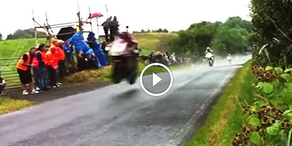 Irish Road Racing Insane on 07 Dodge Magnum