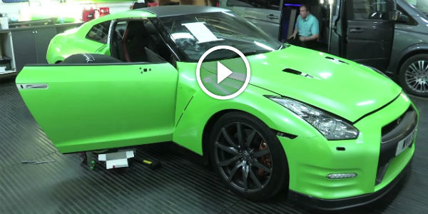 A Nissan Gtr Gets A New Lamborghini Lime Green Wrap With