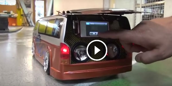 Awesome Drifting Rc Van With Hiace Speaker System Ooh