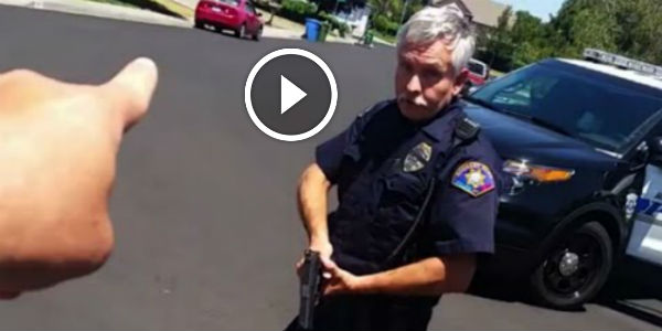 UNIDENTIFIED OFFICER Drew His Gun With No Reason On A Man Recording Him! THIS COP JUST MADE HIS OWN JOB DISAPPEAR!!!