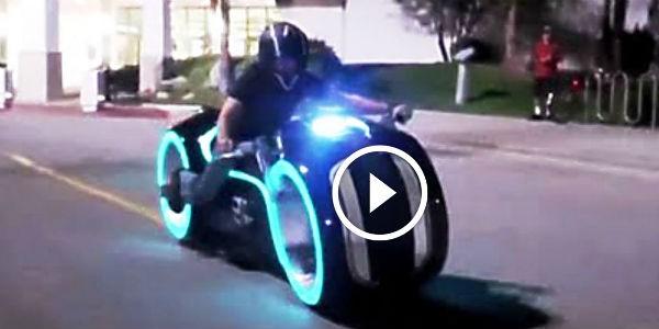 Tron Light Bike Lithium Powered 600x300 Jpg