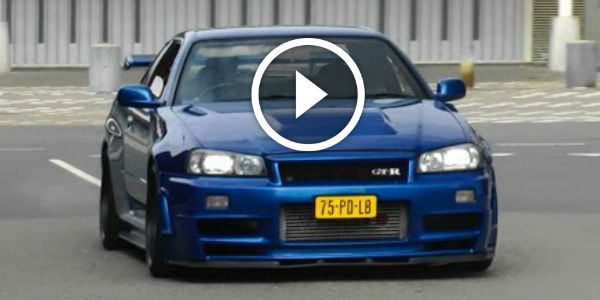Nissan Skyline R34 GTR & R33 – Some EPIC REVS, Flames, Accelerations And More SKYLINE AMAZEMENT ...