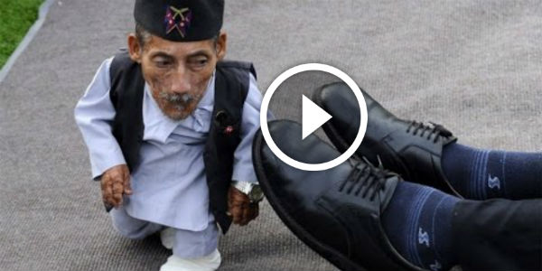 Chandra Bahadur Dangi Is THE World's Shortest Man In History Measuring 1ft 9.5 Inches!!!