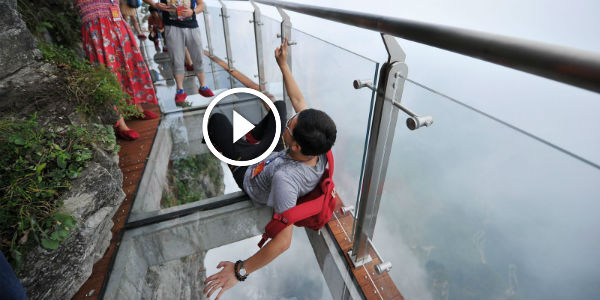 Miami Car Show >> The Glass-Bottomed TIANMEN MOUNTAIN SKYWALK Is For The Bravest, Or Better Said - THE CRAZIEST ...