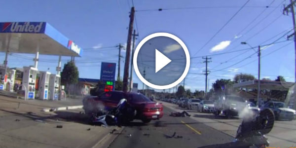 DEVASTATING BIKE CRASH In Maribyrnong, Victoria! This Crazy Driver Turned WITHOUT LOOKING And Hit TWO BIKERS!!!
