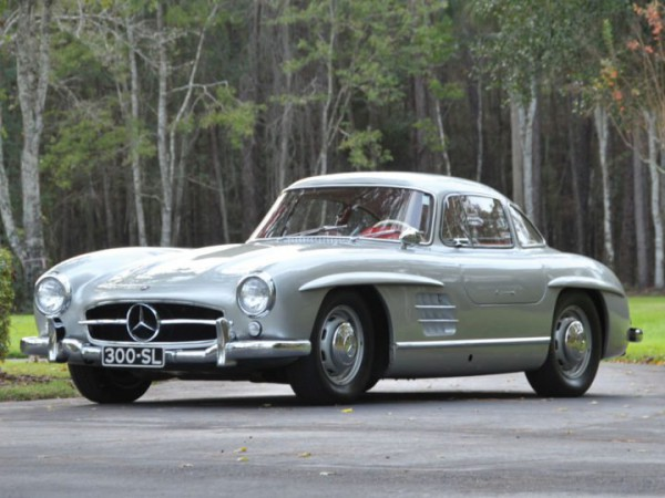 mercedes-benz-300sl-front-three-quarters