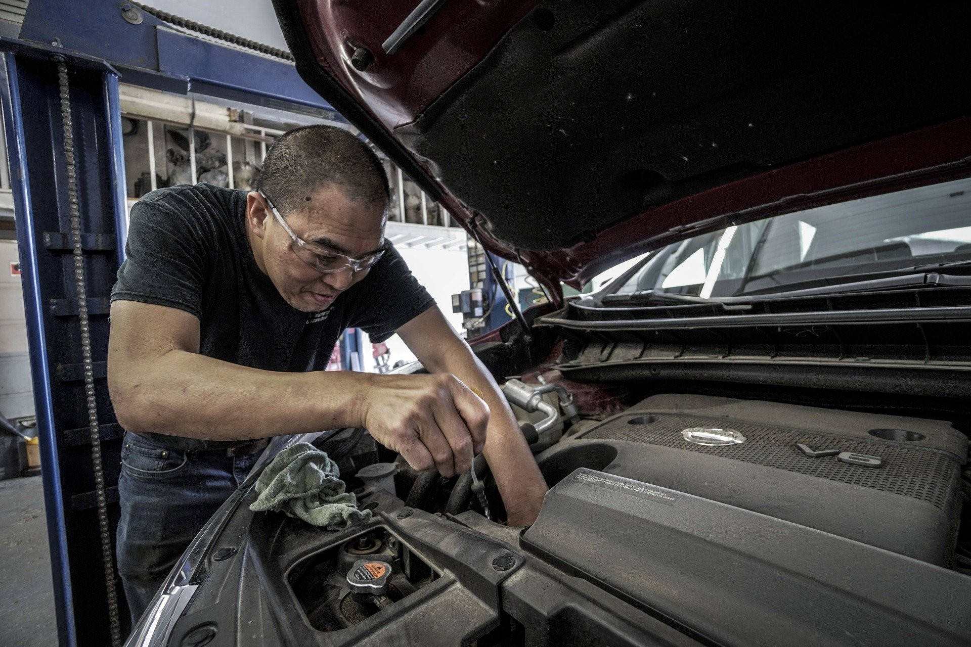 The Need for Regular Car Maintenance and Tips to Keep the Windshield at the Prime of its Health - NO Car NO Fun! Muscle Cars and Power Cars!